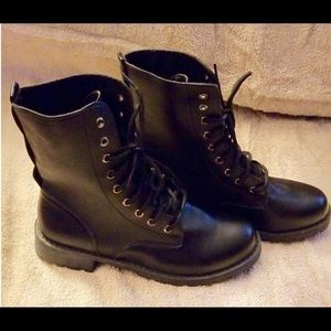 New Black boots lace up size 9